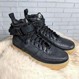 SALE!!! Nike SF AF1 Mid Black-Gum
